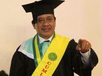 Prof. Dr. Kamsi, M.A